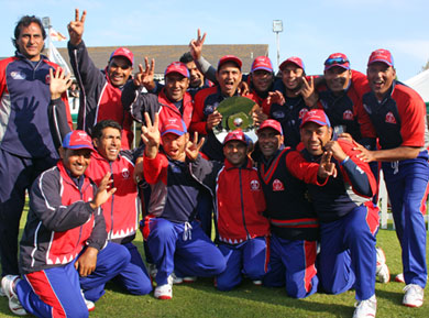 The winning Bahrain squad (© CricketEurope)